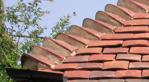 granny bonnet roof tiles